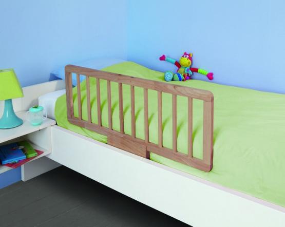 Деревянный барьер для кровати