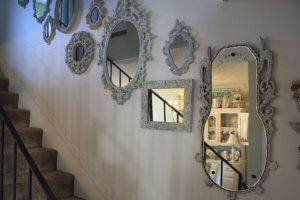 Зеркала на потайных подвесах