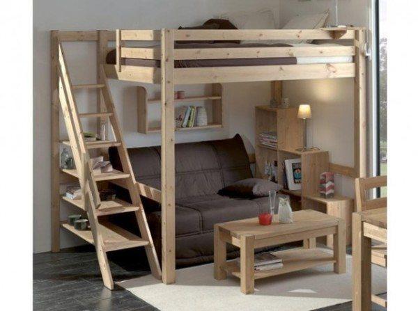 Двухэтажный диван-кровать.