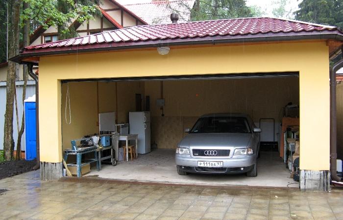 Жилой гараж на первом этаже