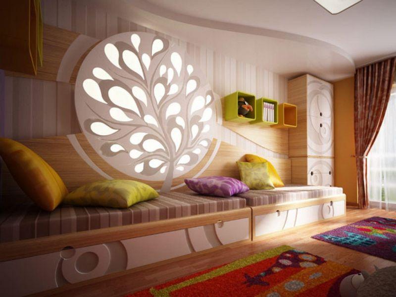 Узкая спальня — в поисках интересных решений!