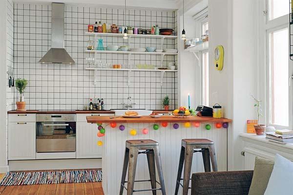 маленькая кухня как часть гостиной