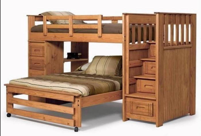 Двухъярусная кровать из натурального массива дерева