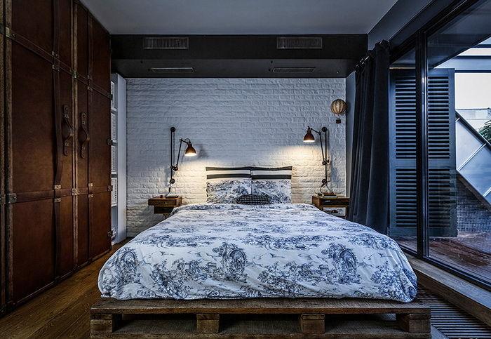 деревянная кровать в стиле лофт