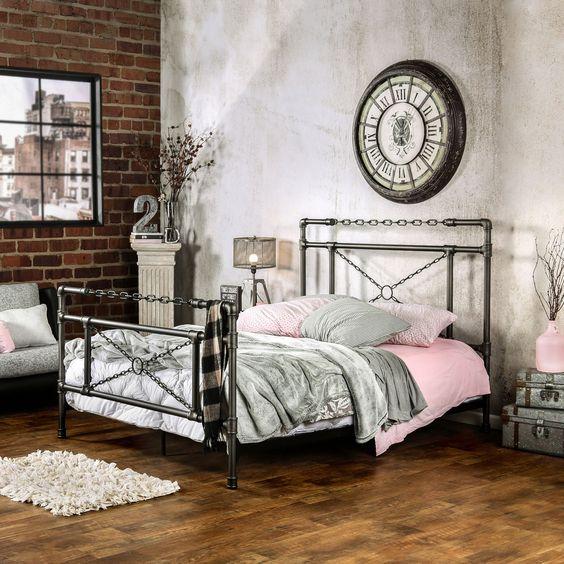 металлическая кровать в современном интерьере