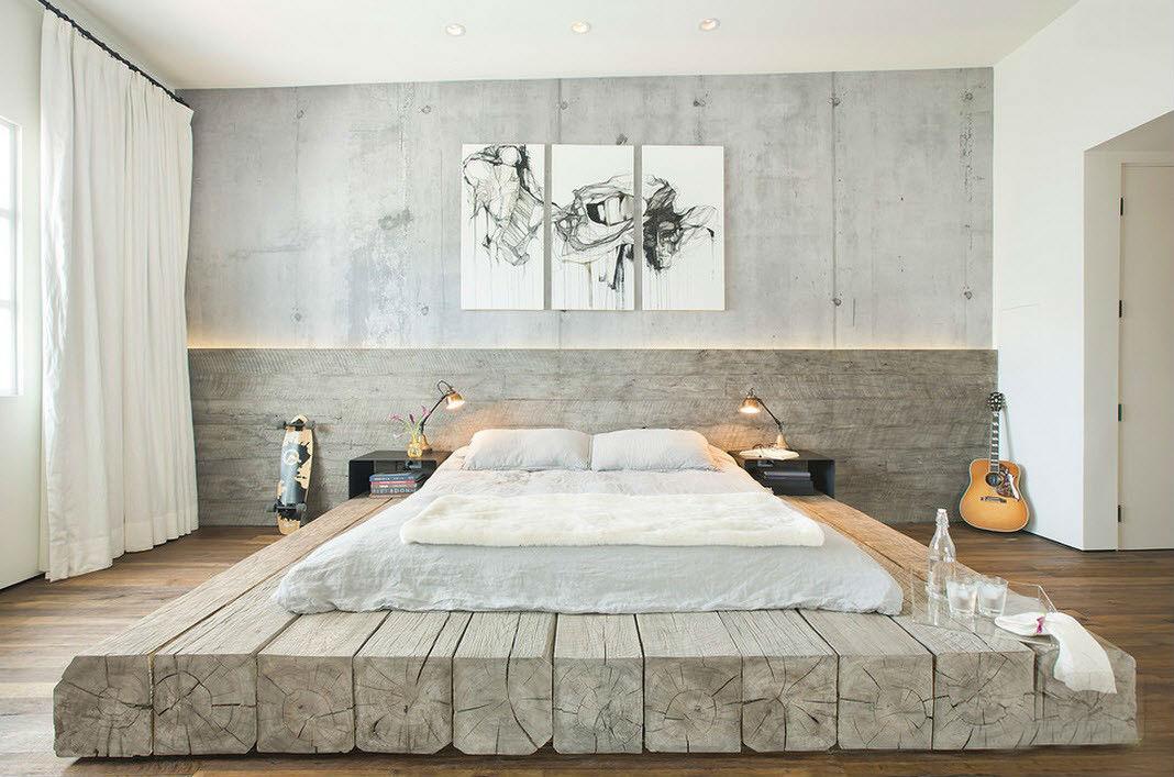 кровать на палубных досках