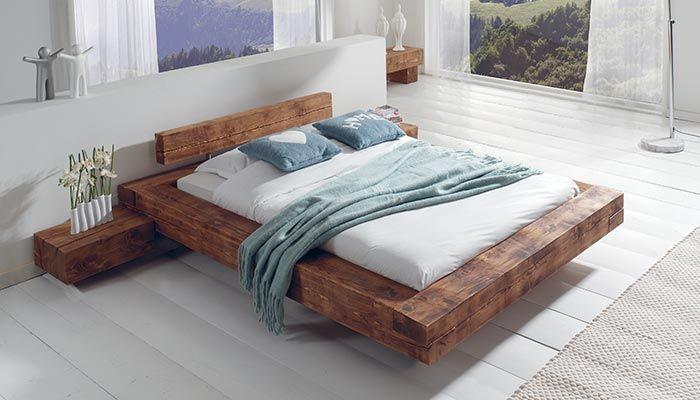 кровать из палубных досок