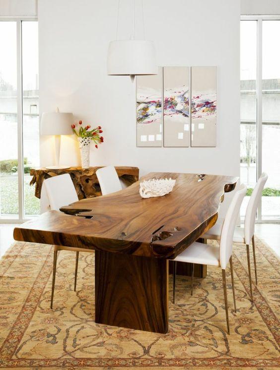 обеденный стол из цельного деревянного полотна