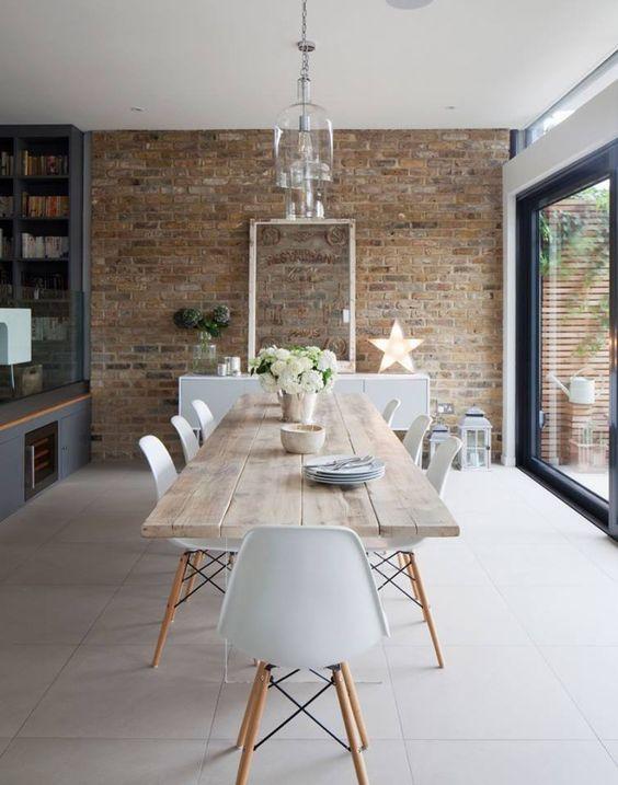 кирпичная стена в дизайне современной кухни