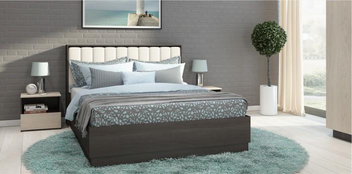 Двухспальная кровать в дизайне комнаты