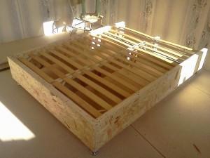 Фото кровати, сделанной своими руками