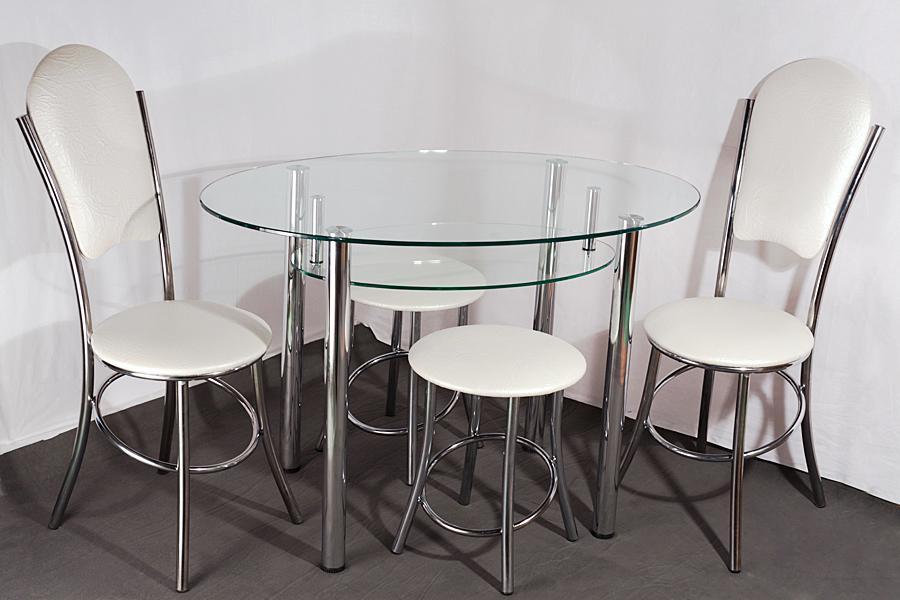 Стол из стекла для кухни
