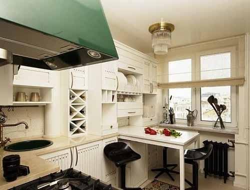 Стол встроенный для маленькой кухни
