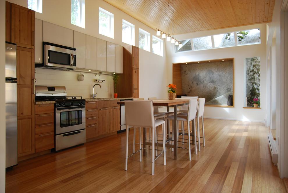 Оригинальный дизайн интерьера I-образной кухни