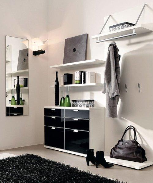 Мебель в прихожую с вешалкой и зеркалом