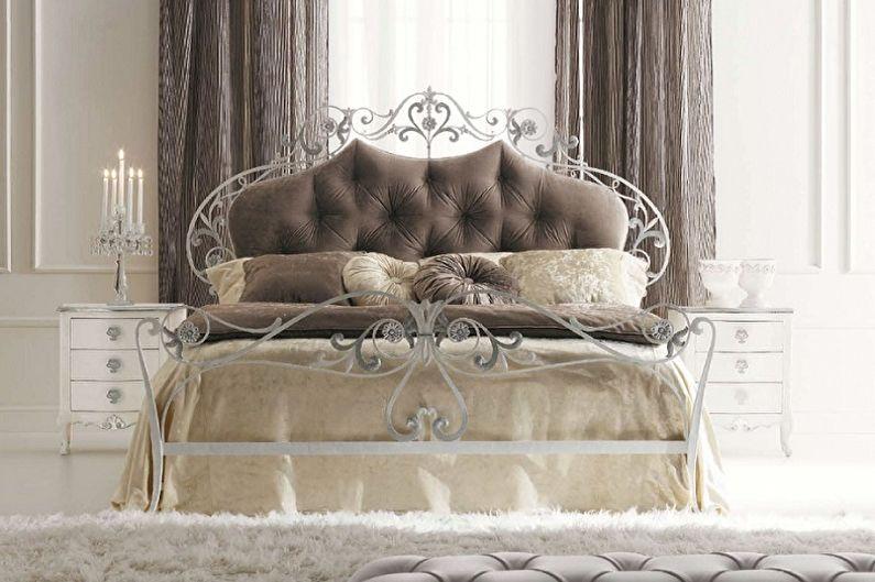 Виды кованых кроватей в разных стилях - Классика