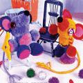 игрушки из помпонов фото