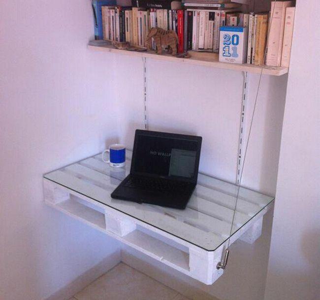rabochij-stol-iz-poddonov