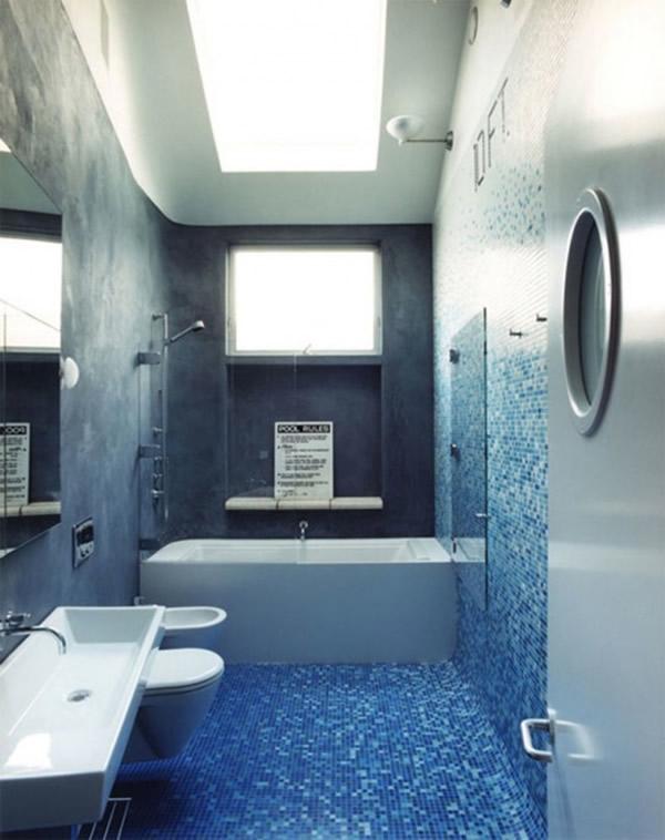 Акриловая угловая модель со стеклянными шторками фигурной конструкции в дизайне ванной