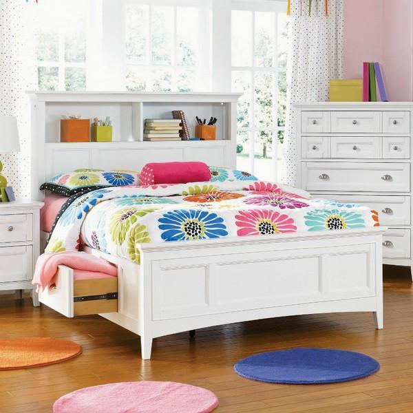 Кровать для девочки-подростка с ящиками