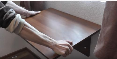 Столешница на подоконнике на кухне