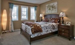кровать в спальне по фен шуй