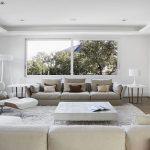 Modern-minimalist-living-room-in-pristine-white