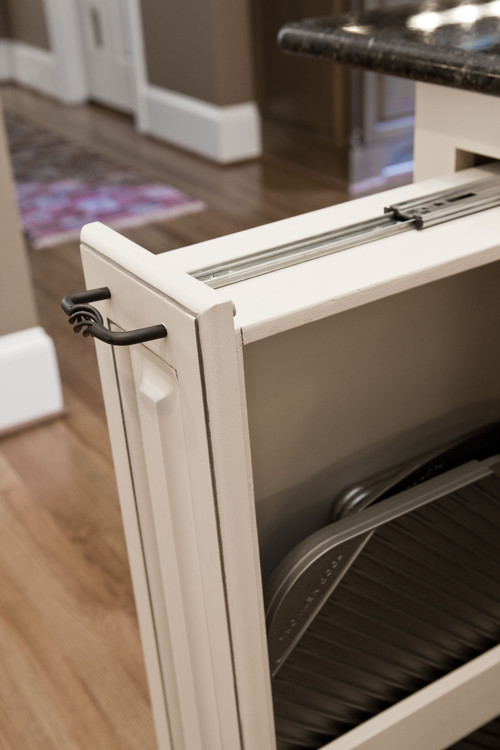 Выдвижные системы для кухни фото