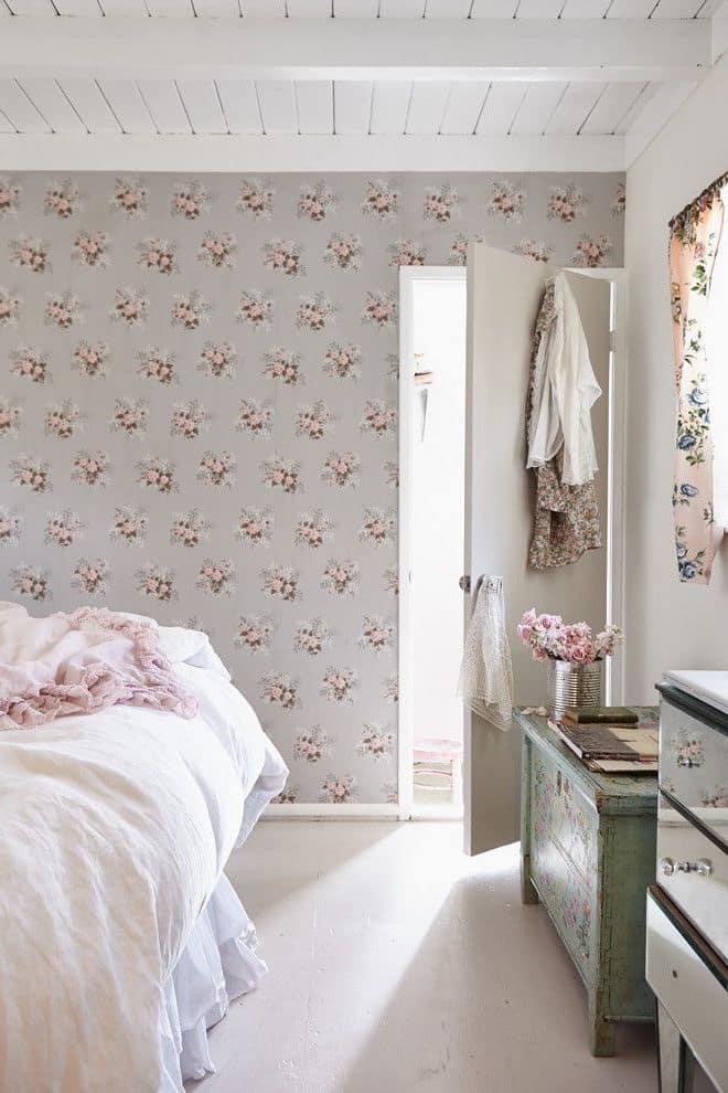Дизайн спальни в мягких пастельных тонах