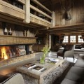 Интерьер гостиной в стиле шале – уютная простота