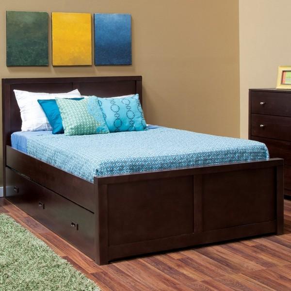 Кровать их дерева для подростка