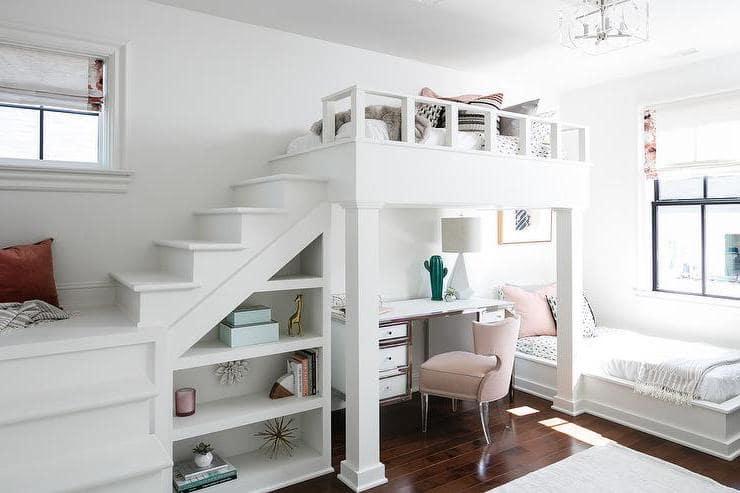 Оформление детского пространства в белом цвете поможет зрительно увеличить площадь