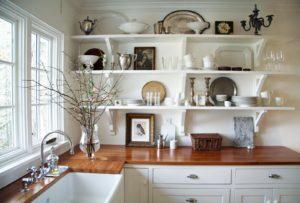 открытые полки в кухню