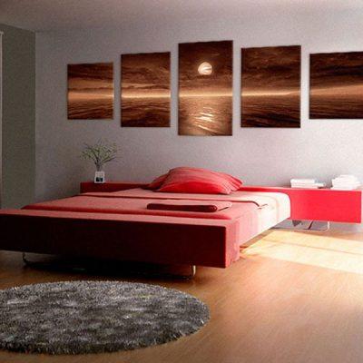 Закат над кроватью