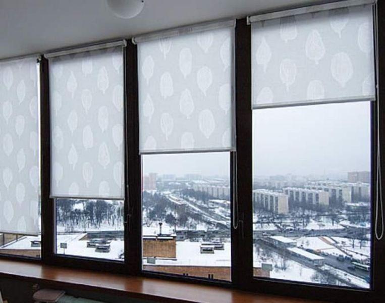 prodam-zhalyuzi-rulonnye-shtory-na-okna--c7ab-1351256246171918-3-big.jpg