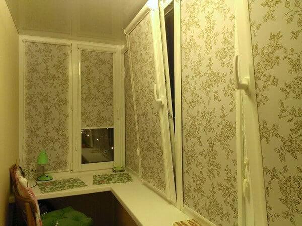 рулонные шторы на створки балконного окна