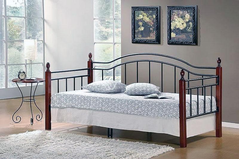 Дизайн спальни с диваном вместо кровати
