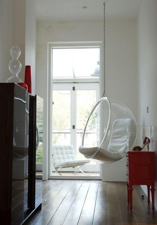 Прозрачное кресло бабл фото