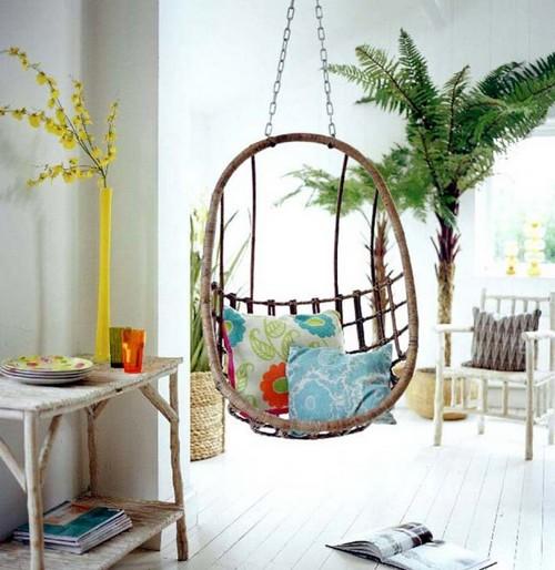 Красивое кресло подвесное в интерьере