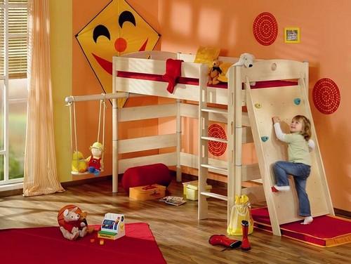 Двухъярусная кровать со спортивным комплексом фото