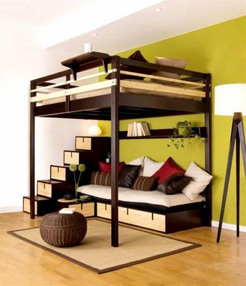 двухъярусная кровать с диваном внизу