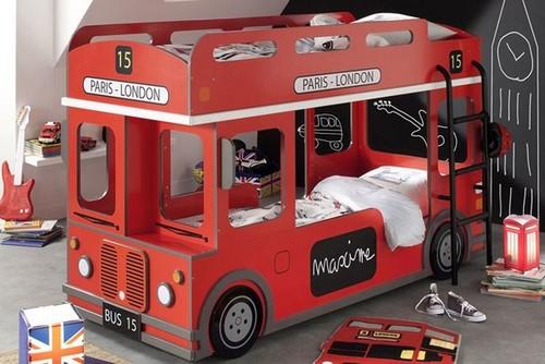 Двухъярусная кровать автобус