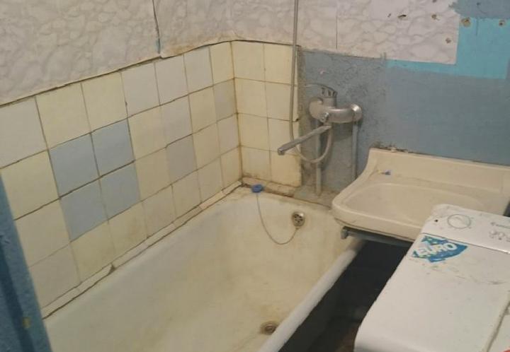 Ванная комната требующая ремонта