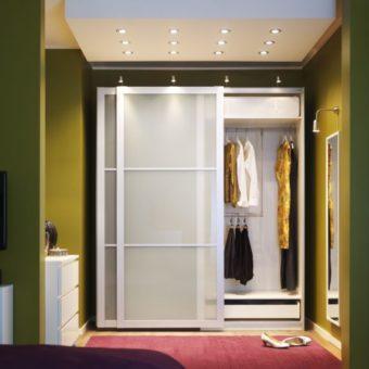 Встроенный шкаф в прихожую: 75 фото идей дизайна
