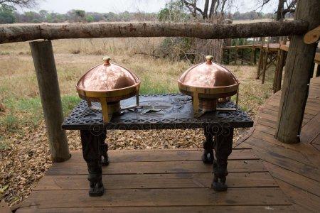 Деревянная резьба таблицы — стоковое фото