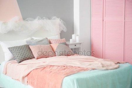 Удобная Кровать Подушки Номере — стоковое фото