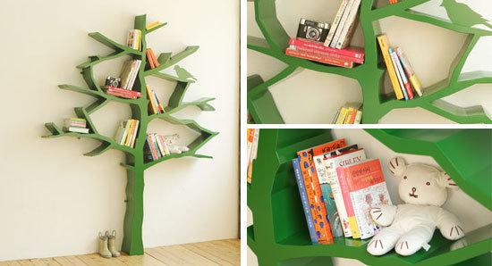 Полка для книг в форме дерева для детской