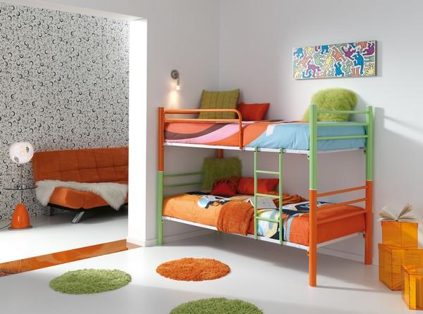 Детская двухъярусная металлическая кровать