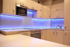 светодиодная лента на кухню