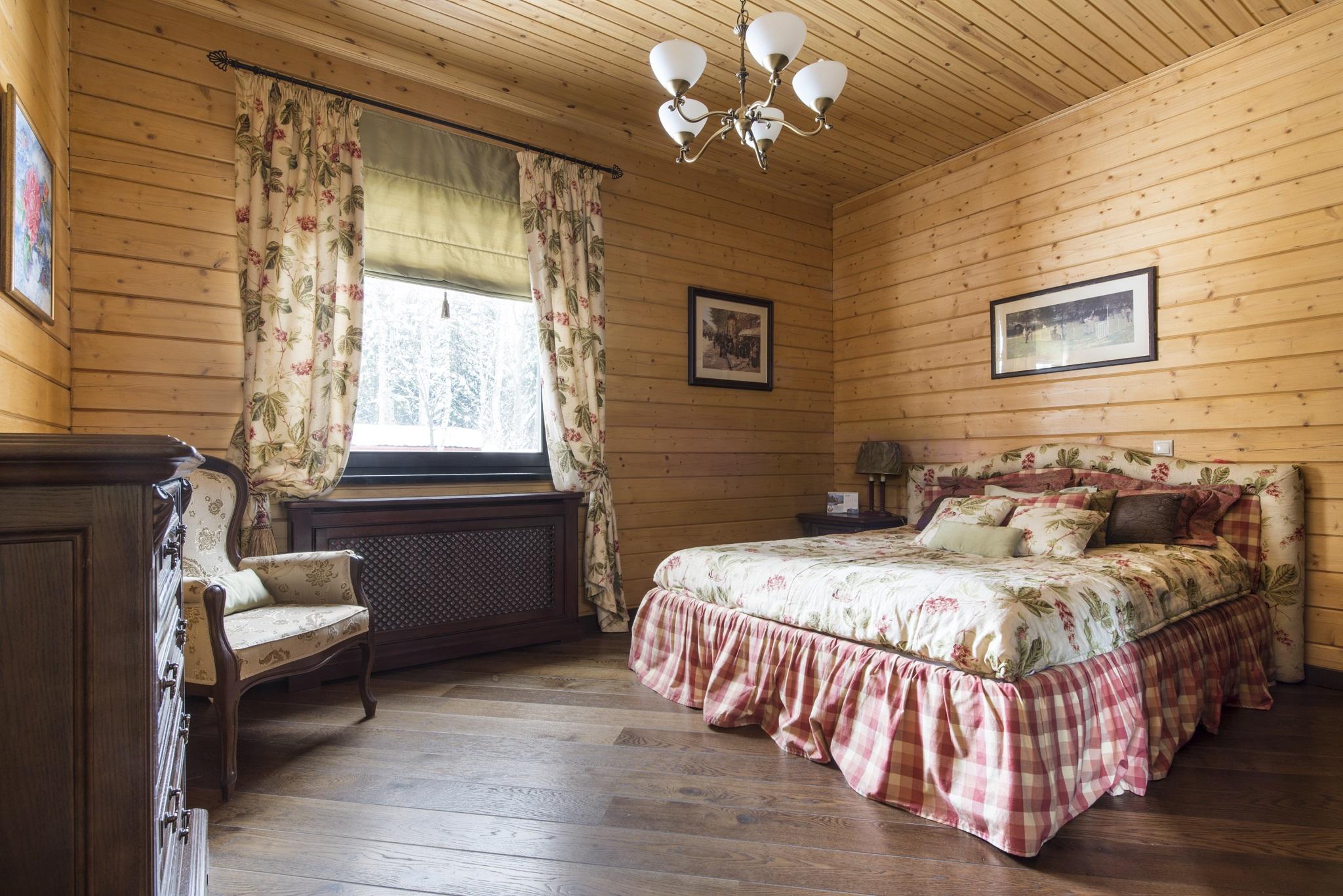 спальня в стиле деревни